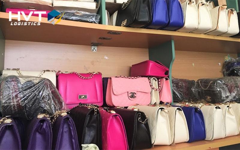 Bán buôn túi xách chợ Ninh Hiệp - Nguồn hàng túi xách giá rẻ